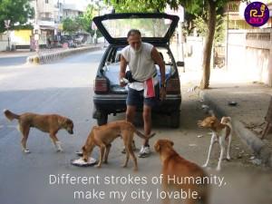 Amrish-dada-with-dogs
